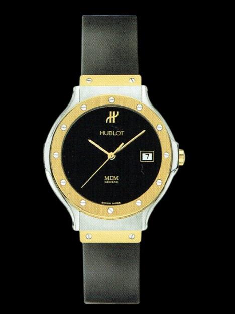 HUBLOT(ウブロ) CLASSIC 28mm STEEL GOLD 1395.100.2